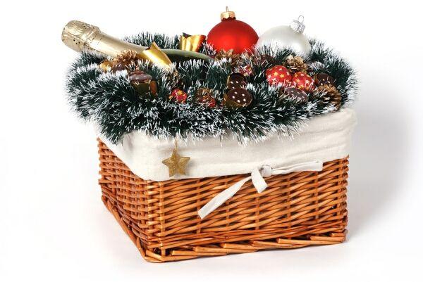 Как украсить корзину на новый год своими