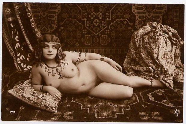ретро фото красивых голых женщин