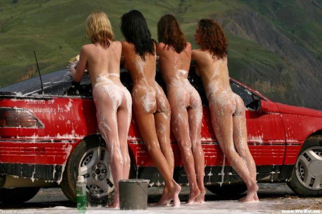 avto-i-golie-telki-foto