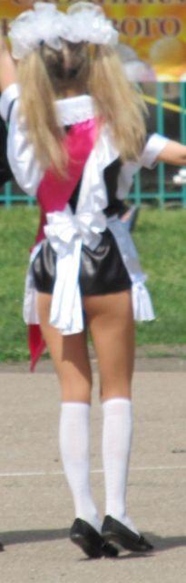 Фото под юбкой у выпускниц