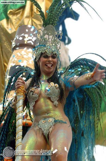 brazilskie-golie-tantsi-video